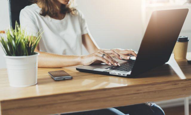 派遣の仕事、時給と仕事の内容どちらに重きを置いている?どんな仕事を楽と感じた?