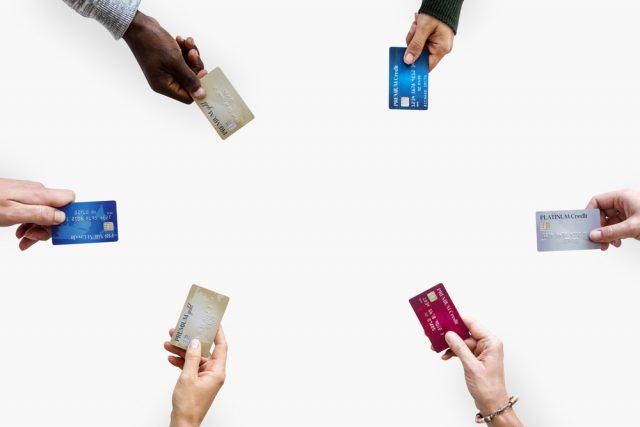 アメリカン・エキスプレスカードのプロパーと提携カードの違いってなに?