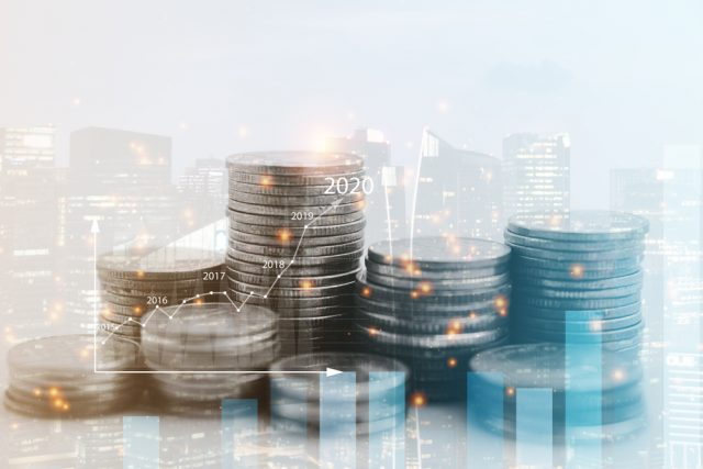 投資を始めてみたいけど…株と投資信託はどう違う?