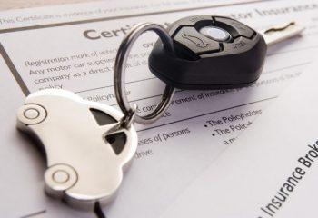 車両保険は、価値の高い車には付け、低い車には付けない?