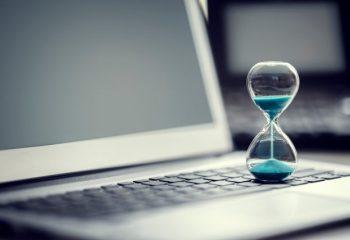 労働時間や休日の「所定」と「法定」の違いをご存じですか?