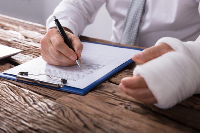 勤め先にGLTD(団体長期障害所得補償保険)制度がある場合、加入するメリットって?