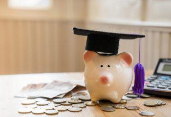 緊急特別無利子貸与型奨学金、「学びの継続」のための『学生支援緊急給付金』とは?