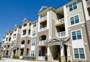 生活保護を受けるには家を所有していても良いの?生活保護受給者の金融資産や保険加入状況とは