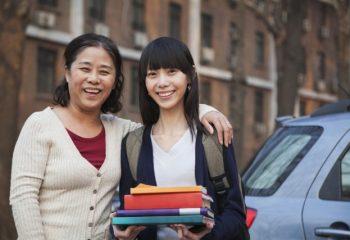 ひとり親家庭はどんな保険に加入すべき?