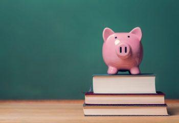 奨学金を利用するなら家計簿が役立ちます