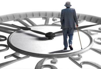 定年退職後の働き方と社会保険の留意点について