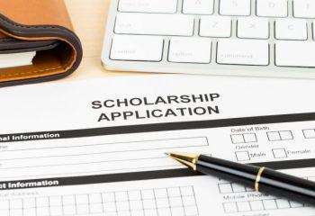 奨学金の利息はどのくらいかかる?貸与利率が下がっているって本当?