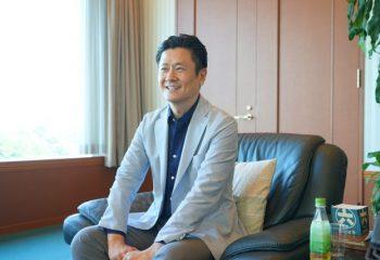 「目指すのは、資産運用がもっと身近になる社会」。25年ぶりに誕生した松井証券の新社長・和里田代表取締役にインタビュー