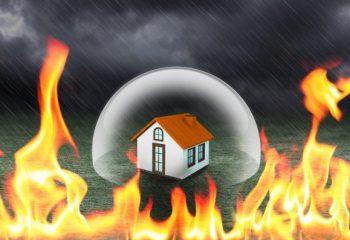 一戸建てとマンションの火災保険の違いって?火災保険料を安く抑えるためには?