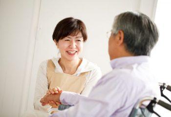 85歳以上の要支援・要介護の発生率は約60%。介護の平均期間や月々の費用は?