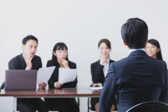 転職の面接でよく出る聞かれる質問は?面接の流れとマナーも徹底解説