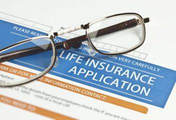 2019年度の生命保険42社の年換算保険料一覧は?一覧表にしてみた