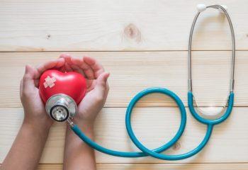 子どものガン保険加入って必要?(1)保険料払い込み免除も検討材料に