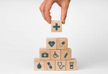 退職後の健康保険ってどうなるの?会社の健康保険に加入し続けられる「任意継続」とは