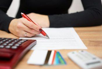 収入証明書とは何か?必要になる理由と用意すべき書類について