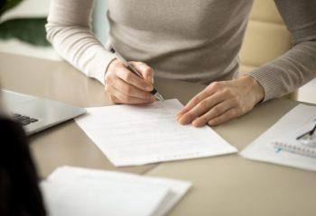 会社名義の生命保険を個人名義に変更することは可能?