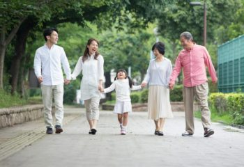 あなたは増えつつある老後の認知症に備えてますか? そんな中で注目されている家族信託(民事信託)をご紹介します