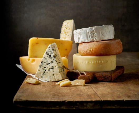 9割の人がチーズ好き!好きなチーズの種類は?チーズに合う料理は何?