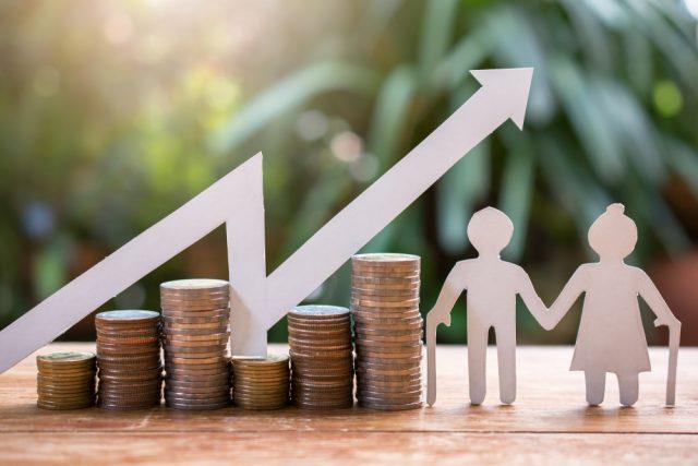 老後資金の寿命を延ばしながら取り崩す。投資信託の活用