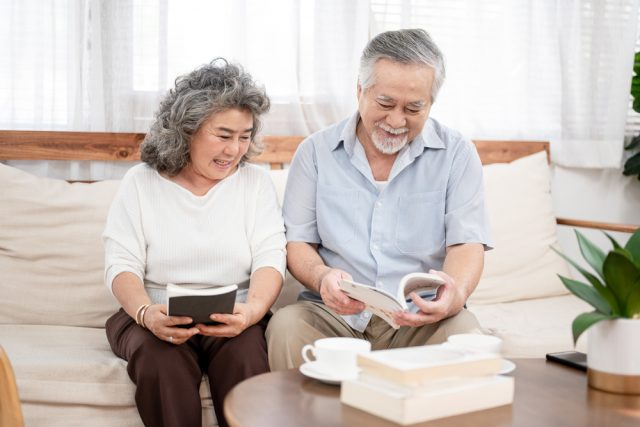 定年退職後に在職老齢年金をもらいながら働く場合の注意点とは