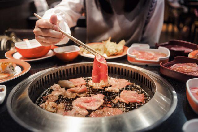 1万2500円の食事券が1万円で?Go To Eat キャンペーン、家族で焼肉や寿司を食べたい人が多い
