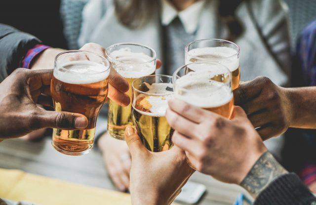 10月1日からの酒税率改正でビールが値下がり、新ジャンルが値上げ。ビールを買う人は増える?