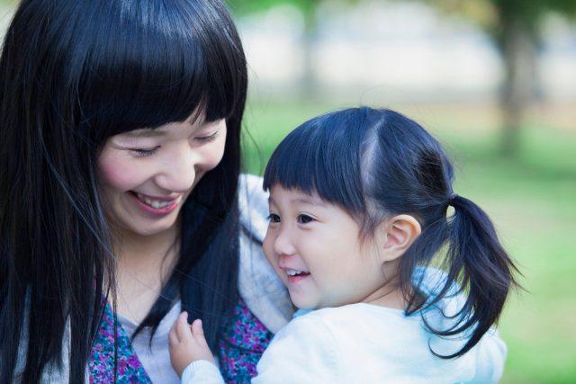 女性の活躍に関する意識調査の結果とは?ママたちは仕事と家庭の両立に難しさを感じている?