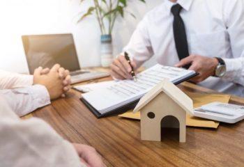 住宅ローンの借り換えで期間を延長するには制限や条件があって厳しい!