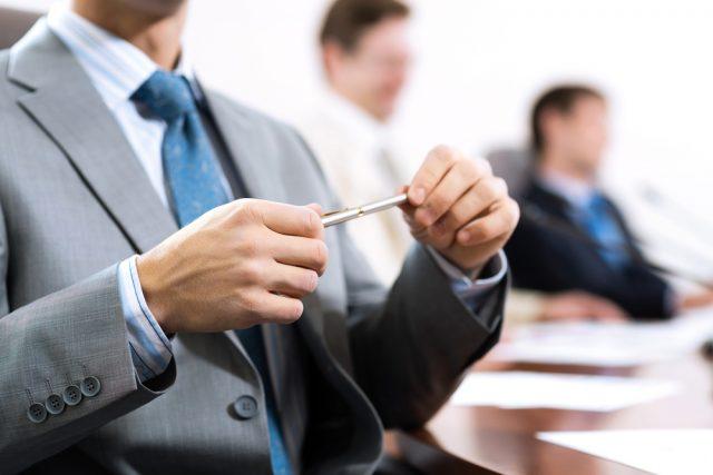 個人事業主と法人。事業を行うにはどちらが有利か?