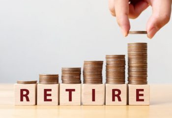 退職金は「一括」か「分割」か。あなたにあった受け取り方とは?