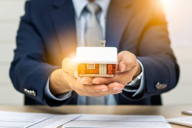 住宅ローン10年固定金利への借り換えで得するの?実質金利についてもお伝えします