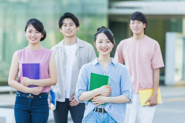 学生特例制度、将来の年金額にどう影響を与えるか知っていますか?
