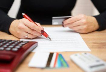SMBCモビットの土日審査にかかる時間|申込方法と必要書類も紹介