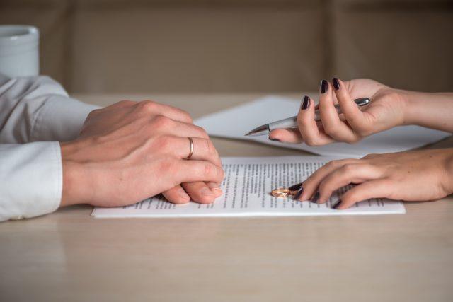 離婚時の年金分割、相手の年金からいくらもらえる?