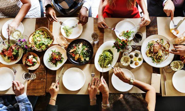 Go To Eat、みんなどのくらい利用している?外食にかける金額の変化も