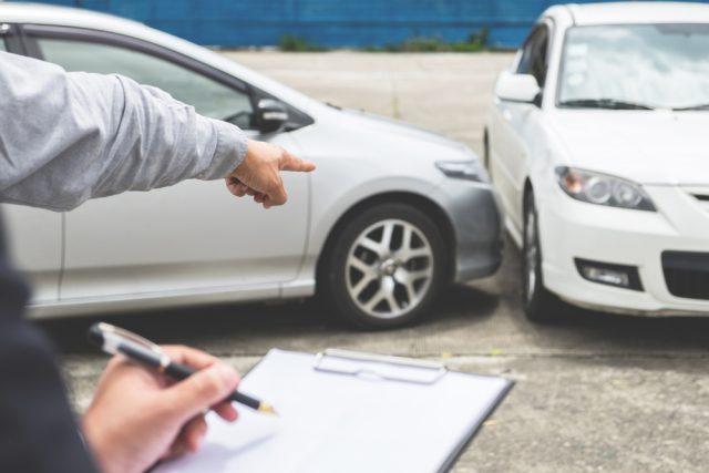 【自動車保険の落とし穴】事故に遭ったのに示談交渉サービスが使えない場合とは?