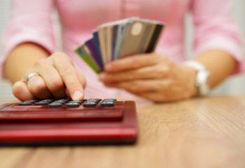 アイフルの金利を引き下げる方法|返済総額を減らす方法も紹介します