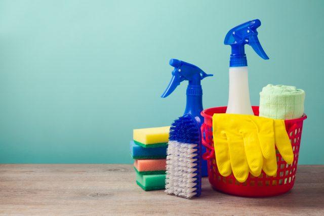 大掃除で出てきた不要品を小銭に変える?買い取り店やアプリで不用品を売ってみよう