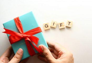 ふるさと納税でもらった返礼品。どう見ても払った金額の3割以上の価格のようだけど、大丈夫なの?
