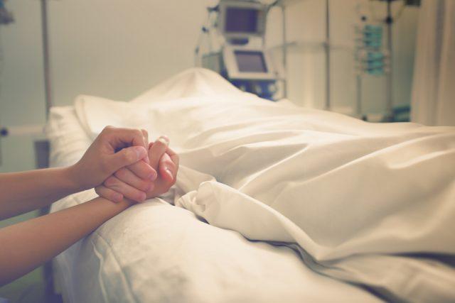 夫が亡くなった…。再婚した場合、遺族年金はもらえなくなる?
