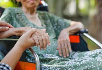 もし親に介護が必要になったら、費用はどう準備すればいい?
