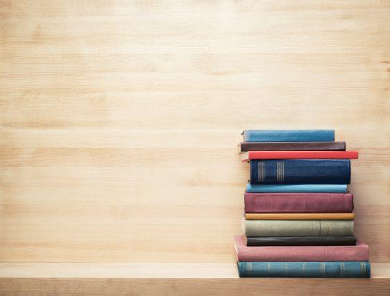 コロナ禍で増える読書時間。フリマアプリでの本の売買も増えている?