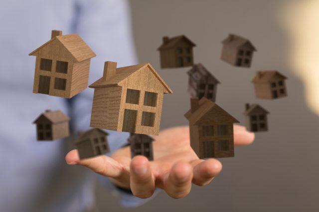 住宅ローンは最低年収でも組める?年収300万円でローンを組むときのポイントなど紹介!