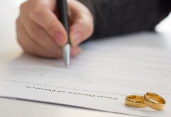 東日本大震災から10年。震災前後の仙台市での出産や結婚、離婚の数の変化は