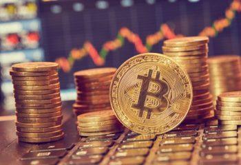 ビットコインで儲かったら確定申告が必要(その3)総平均法と移動平均法はどちらが有利か?