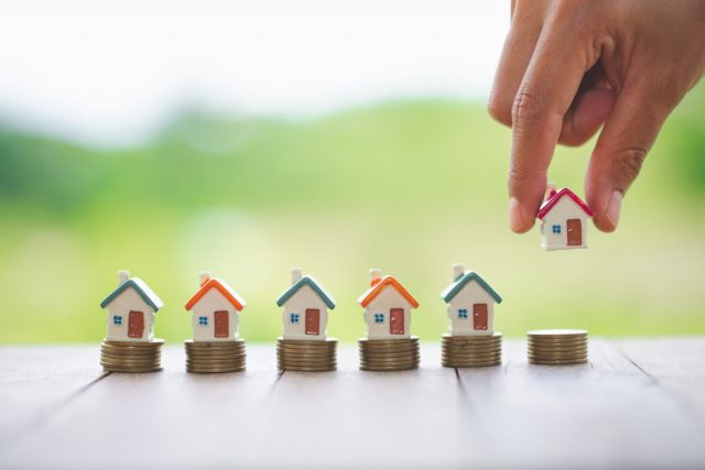 住宅ローンの返済期間は延長できる? メリットやデメリットなど解説!