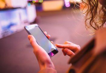 三井住友銀行カードローンはアプリが便利! メリットや使い方を解説