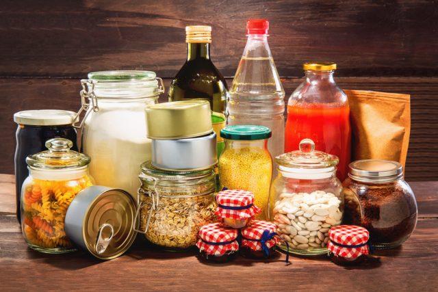 災害用にどんな食品を備蓄している?備蓄食品にかける予算は?