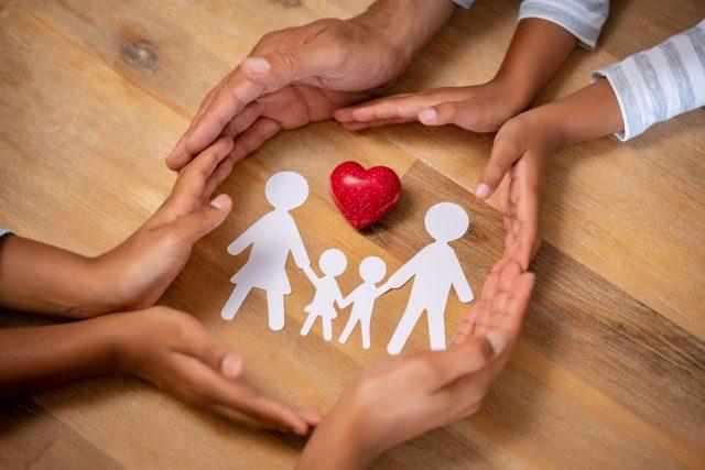 【生命保険の基礎】生命保険でお金を貯めるメリット・デメリット